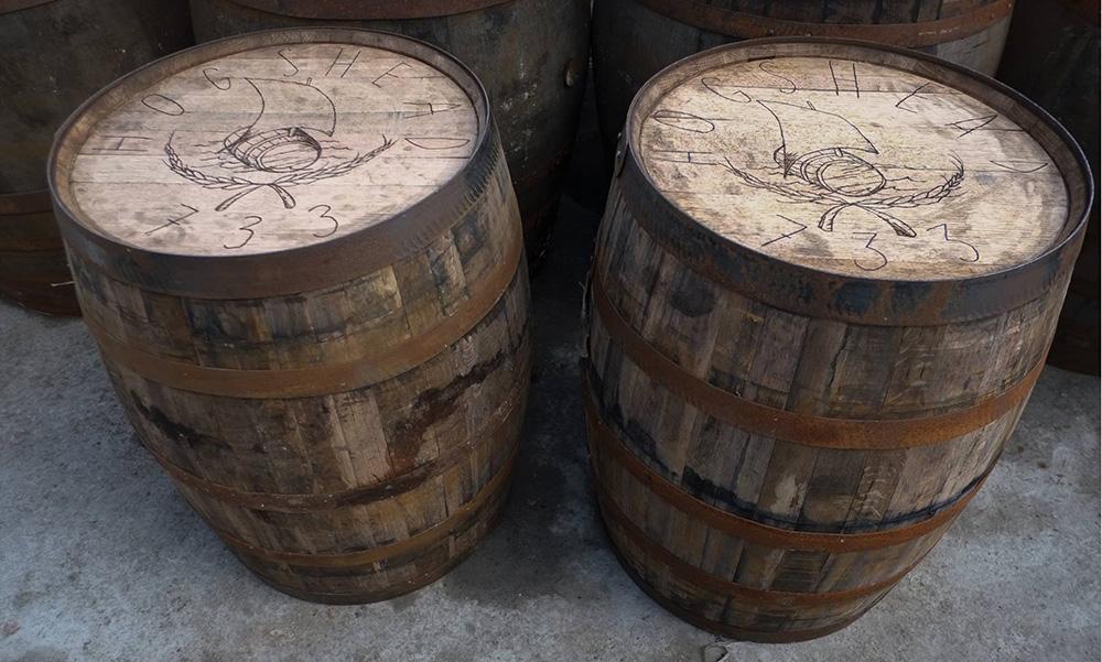 Две 250-литровых Hogshead-бочки на винокурне Bunnahabhain