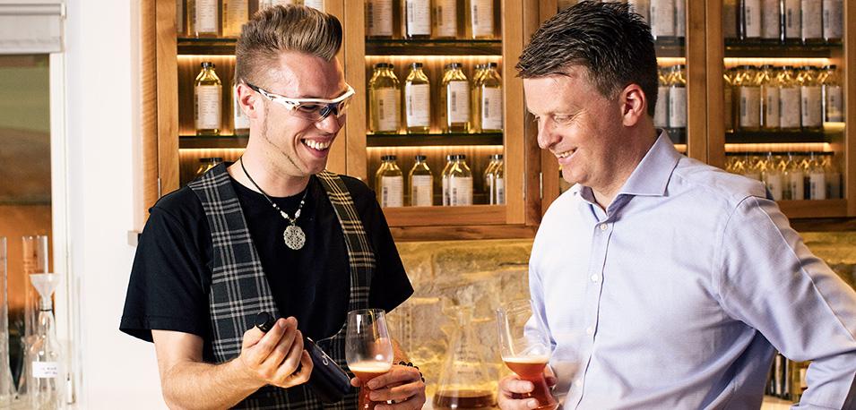 Сэб Джонс (Speyside Craft Brewery) и Брайан Кинсман (William Grant & Sons)